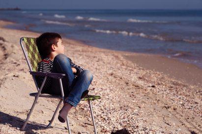 alone-beach-boy-375802